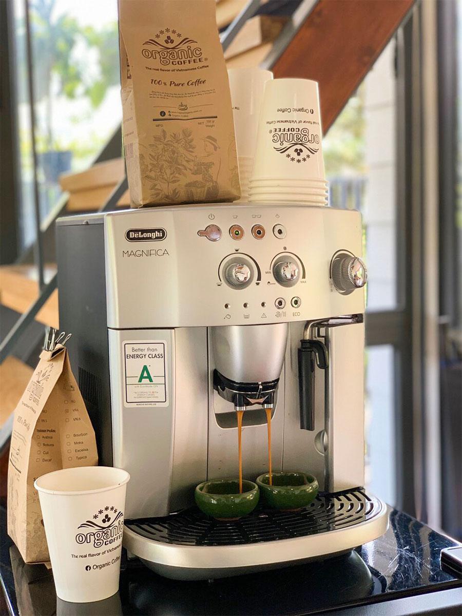Máy pha cà phê tự động Delonghi Esam 4200S