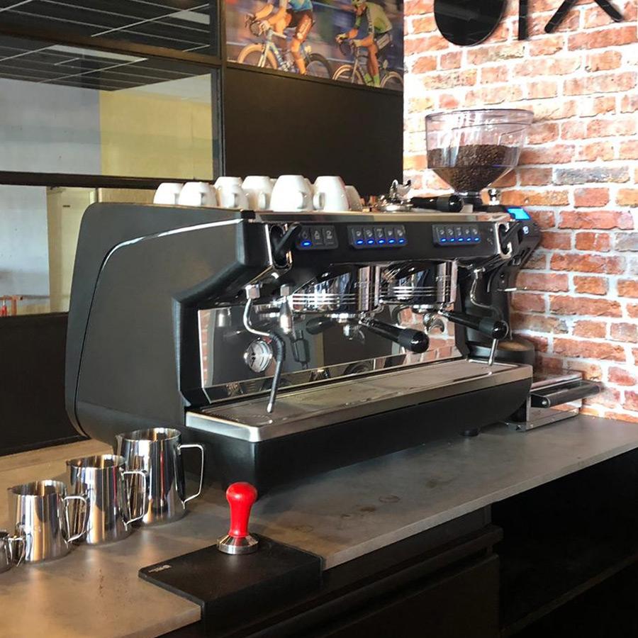 Máy Pha Café ITALY Simonelli Appia Life