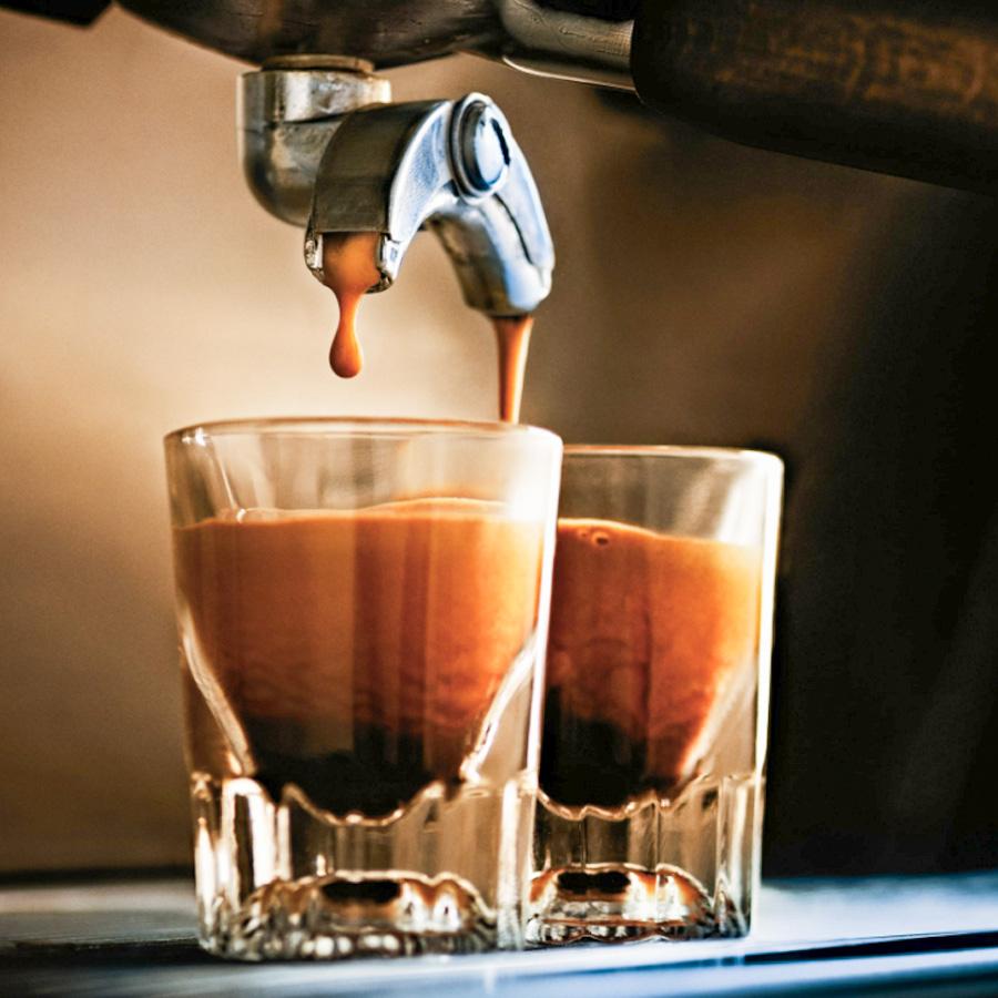 Máy Pha Cà Phê Espresso - Những Gì Bạn Cần Phải Biết