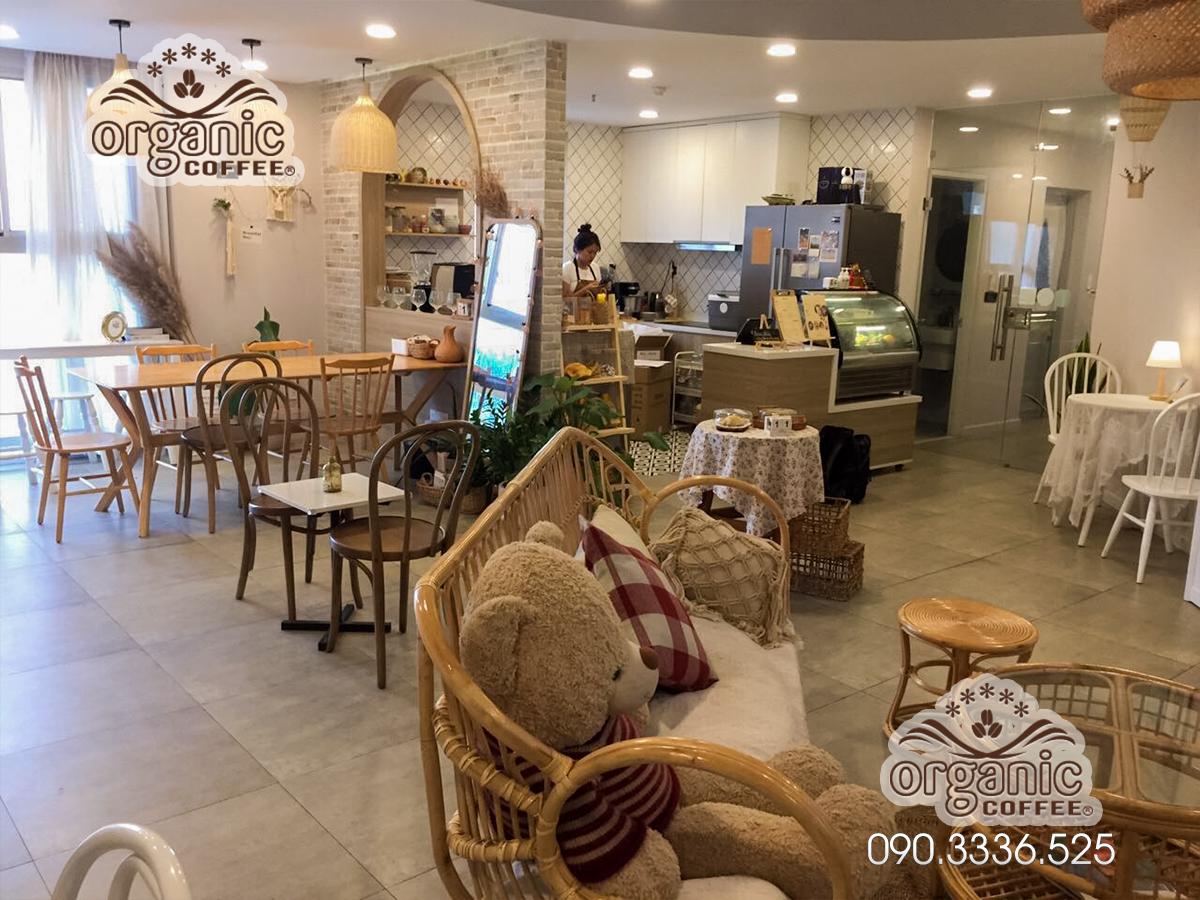 Máy Cà Phê CRM-3200B tại Quán Café Lihu Garden – Quận 7, HCM
