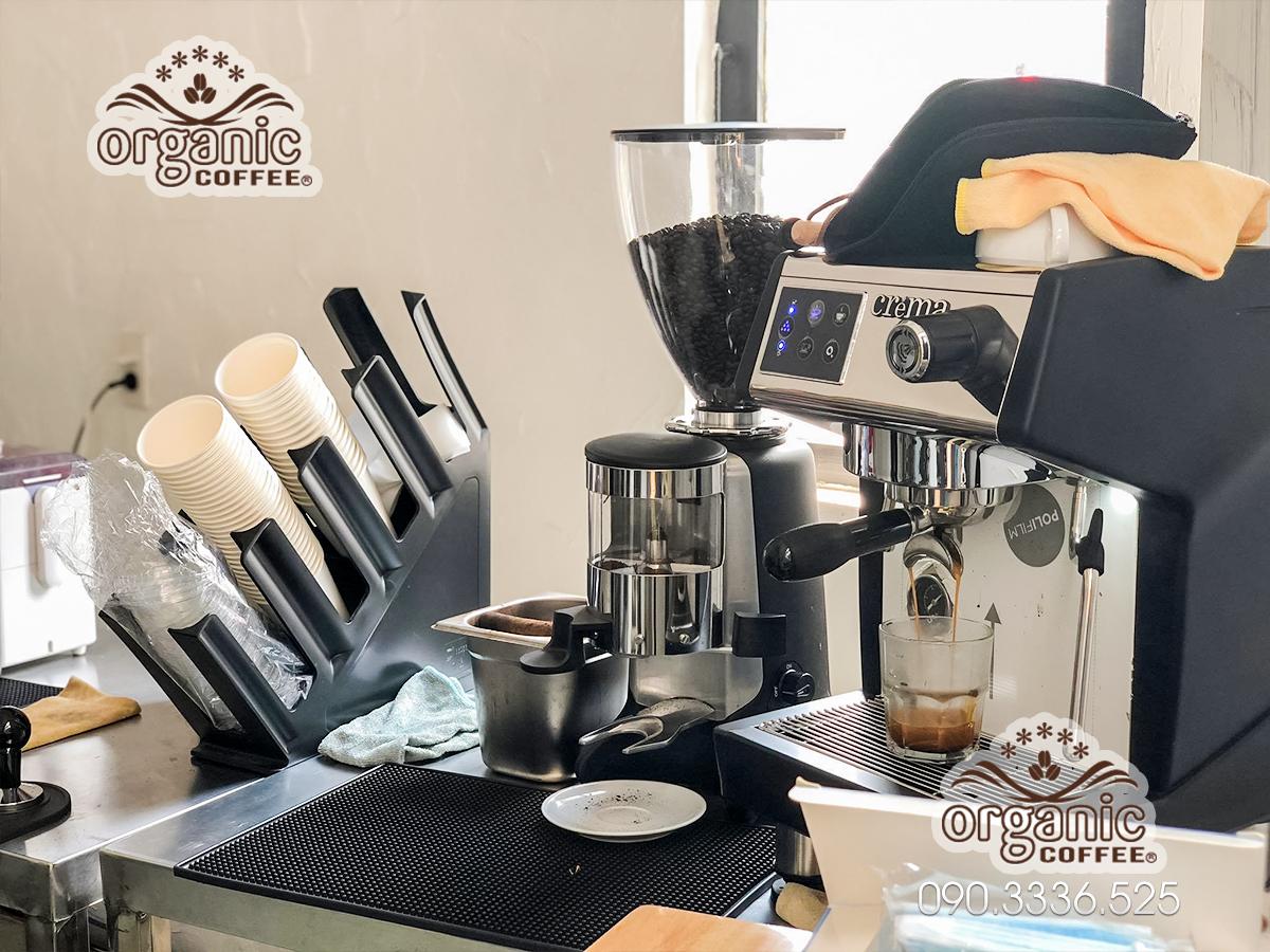 Máy pha Cafe CRM-3200B tại Phú Nhuận – Quán Today Coffee